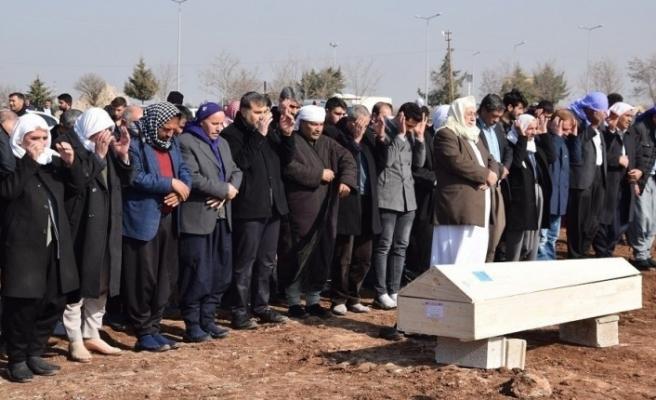 Hortumun vurduğu Antalya'da yaşamını yitiren 13 yaşındaki Berivan, ailesine yardım etmek için mevsimlik tarım işçisi olmuş