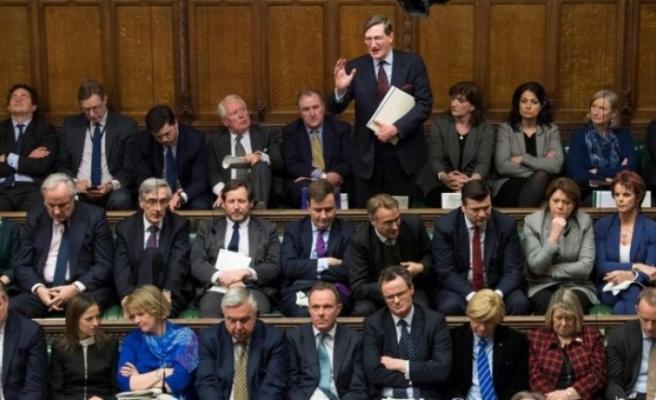 İngiltere Parlamentosu: AB'den anlaşma olmadan ayrılmayalım