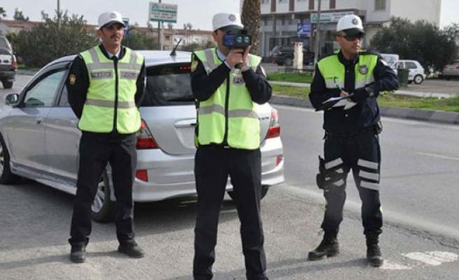 Polis 4 İlçede Asayiş Ve Trafik Denetimi Yaptı
