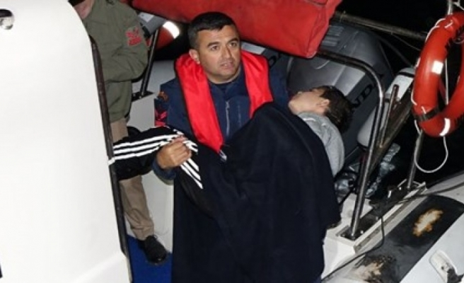 Çanakkale'de göçmen teknesi battı: 4 kişi öldü, 1 kişi kayıp