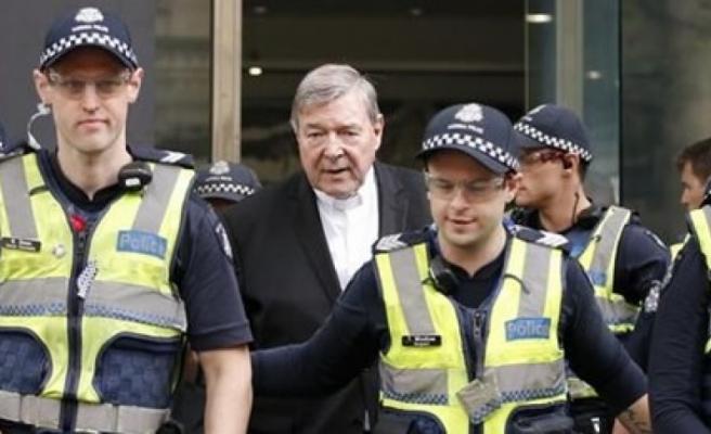İki Erkek Çocuğa Cinsel Tacizde Bulun Kardinale 6 Yıl Hapis