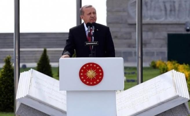 """İstanbul'u Konstantinopolis yapamayacaksınız"""