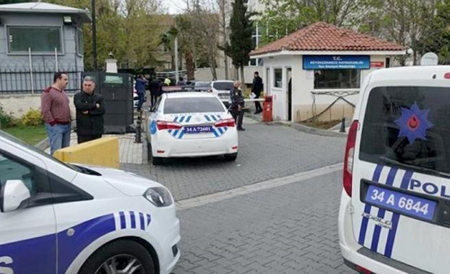 CHP: Polis Büyükçekmece'de ev basıp 'Hangi partiye oy verdiniz?' diye soruyor