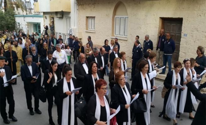 Kutsal Cuma Ayini Ay. Georgios Kserinos Kilisesi'nde gerçekleştirildi