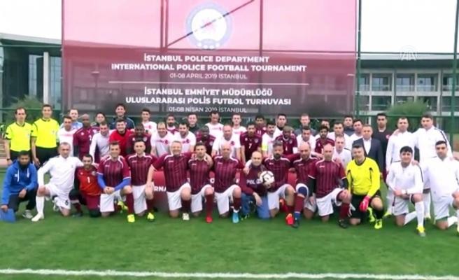 Polis Futbol Takımımız Bosna'yı 4-0'la Geçti