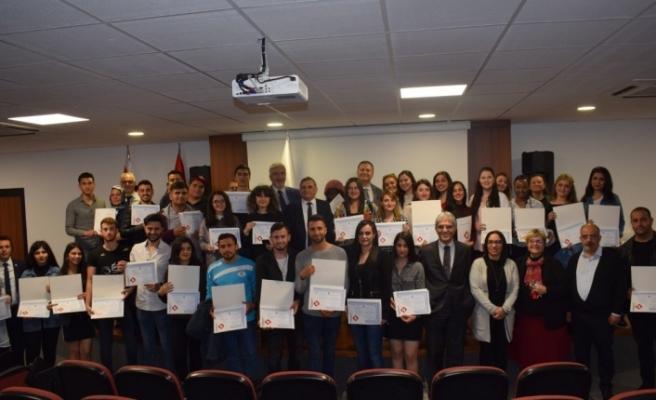 Uluslararası Final Üniversitesi'nde Başarı Sertifikaları Verildi