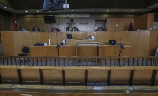 Hakim ile avukat arasında etek boyu tartışması: Soruşturma açıldı