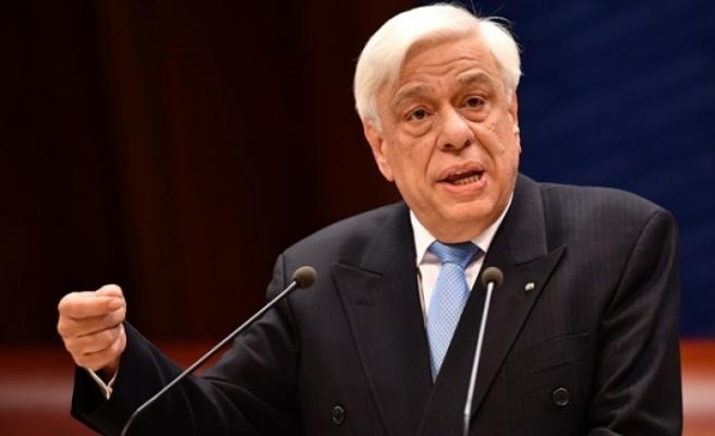 Sondaj tartışmalarına Yunan Cumhurbaşkanı da katıldı