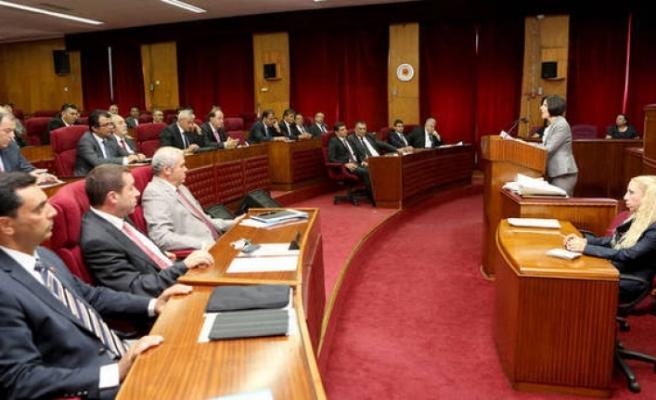 UBP - HP Hükümeti Güven Oyu Aldı. İşte katılmayan milletvekilleri