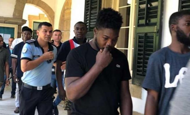 Owoyale cinayeti ile ilgili bağlantısı görülen 11 kişi mahkemede