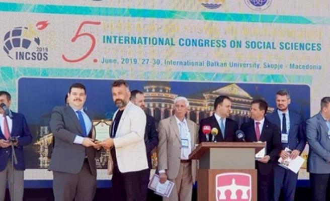 Türk-Bir'e bir ödülde Üsküp'ten