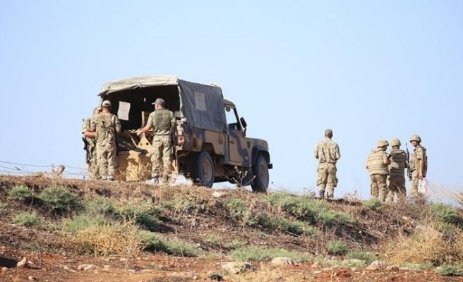 Kaçak göçmenleri taşıyan askeri araç devrildi: 6 ölü, 27 yaralı
