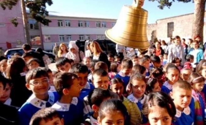 Okulların zili 16 Eylül'de çalacak