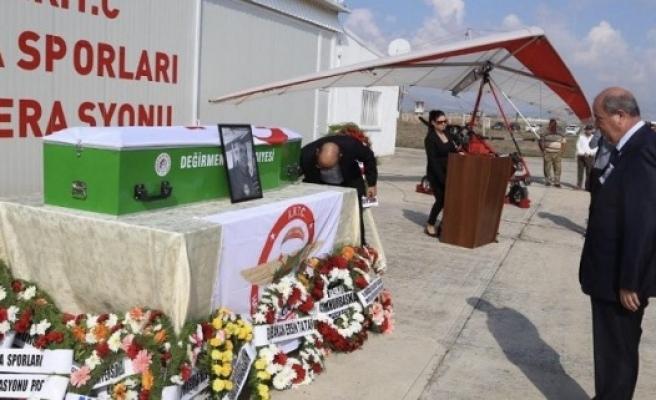 Özcezarlı için Geçitkale Havaalanı'nda tören düzenlendi