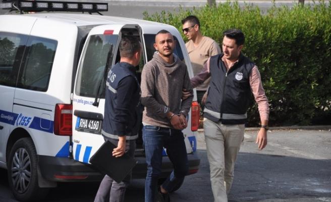 Gazimağusa'da Tartıştığı Şahsı İki Yerinden Bıçaklayan Zanlı Tutuklandı