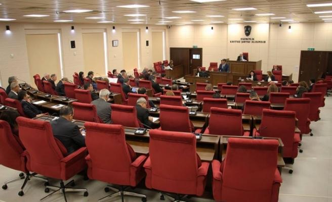 Meclis bugün toplanıyor: Gündemde 3 yasa tasarısı var