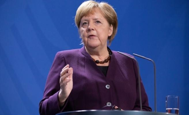 Merkel'den Barış Pınarı Harekatı'na Destek