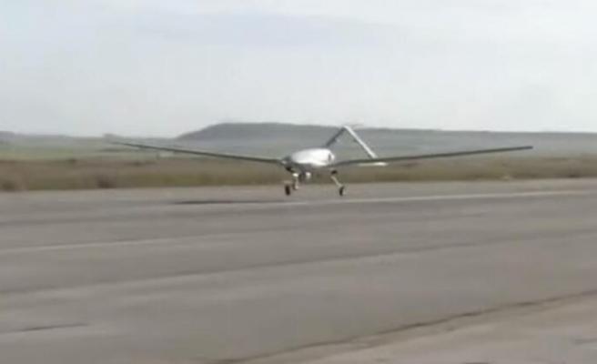 KKTC'ye konuşlanacak ilk İHA Geçitkale Havaalanı'na indi
