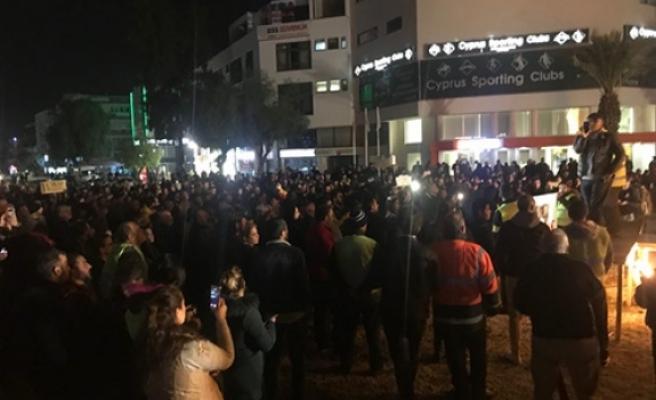 Eylemciler, Lefkoşa Terminal Çemberi'nde...