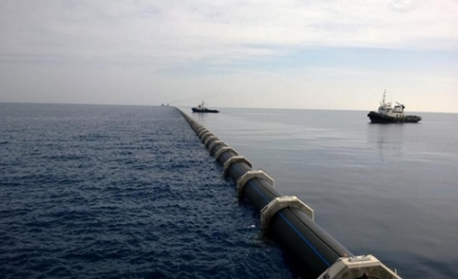 Türkiye'den KKTC'ye gelen su borusu patladı
