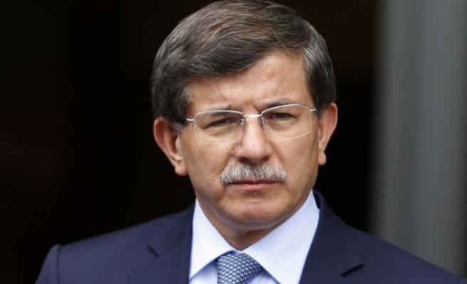 Davutoğlu: Türkiye sadece tepki veren bir ülke olmamalı; Suriye'de BM güvenlik gücü oluşturulmalı