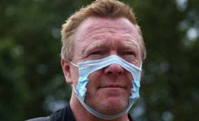 Londra'da yüzlerce maske ve aşı karşıtı sokaklara çıktı: 'Maske zorunluluğu insan hakları ihlali'