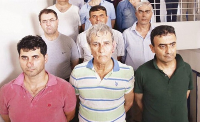 """Albayrak: """"Merdivenlerdekilerden biri, bize 'Doğu Akdeniz'de ne işimiz var' demişti"""""""