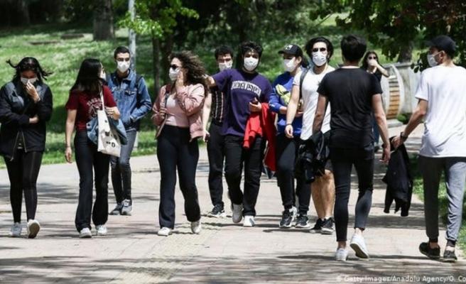 DSÖ'den gençlere koronavirüs uyarısı