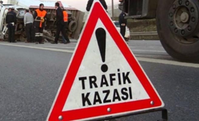 Gazimağusa-Lefkosa anayolu Yonca Kavşağı yakınlarında kaza: 2 yaralı