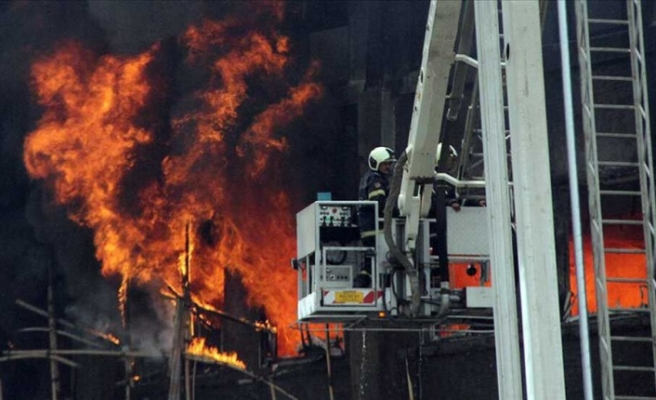 Hindistan'daki Covid-19 hastanesinde yangın: 8 ölü