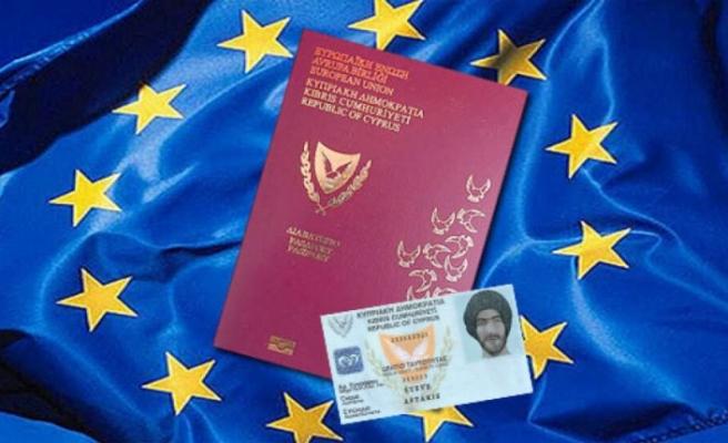 """""""Kıbrıs Cumhuriyeti"""" vatandaşlığı için 107 başvuru"""