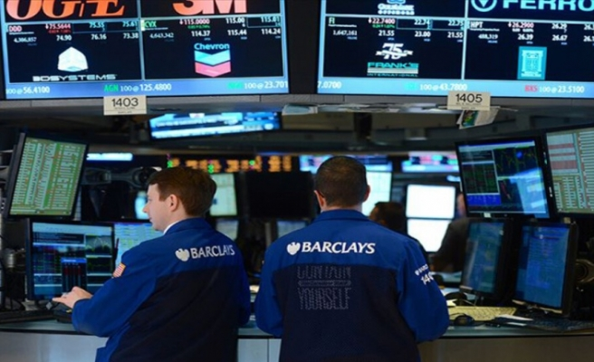Küresel Piyasalar: Asya hisseleri yükseldi, dolar göstergesi geriledi