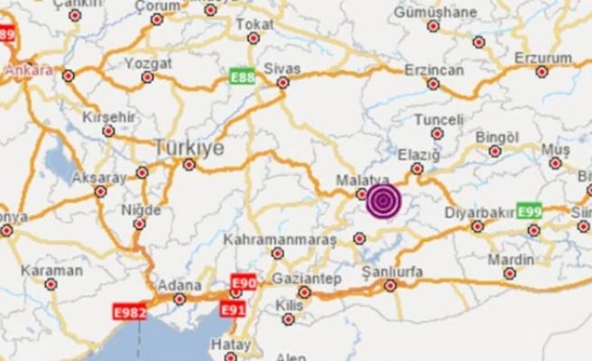 Malatya'nın Pütürge ilçesinde 5,2 büyüklüğünde deprem - Belediye Başkanı: Kısa sürdüğü için yıkım olduğunu düşünmüyoruz