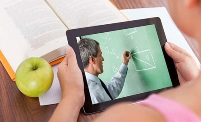 """Ticaret Odası, """"Bir tablet, bir çocuk, güvenli bir gelecek"""" kampanyası için hesap numaralarını açıkladı"""