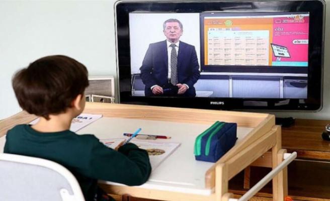 Türkiye'de eğitim-öğretim yılı uzaktan eğitimle başladı