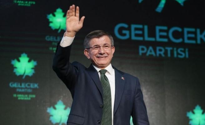"""Davutoğlu: """"Doğu Akdeniz'de vaziyet kaybet-kaybet şeklinde"""""""
