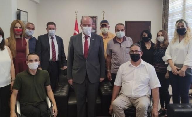 Kıbrıs Türk Ortopedik Özürlüler Derneği Başbakan Tatar'ı ziyaret etti