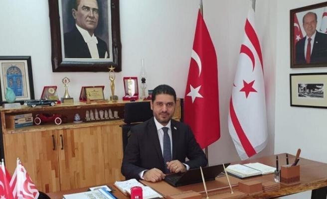 """Ahmet Savaşan: """"Türkiye ile kavga ederek, ne Kıbrıs'taki haklarımızı alabiliriz, ne de kalkınabiliriz"""""""