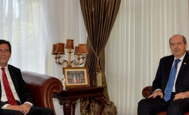 Cumhurbaşkanı Tatar, Merkez Bankası Başkanı Rifat Günay'la, ekonomi ve finans piyasalarındaki gelişmeleri görüştü