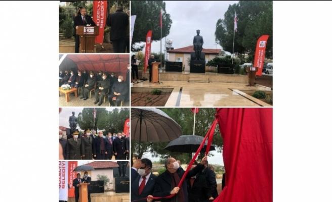 Akçay Atatürk Büstü düzenlenen törenle açıldı