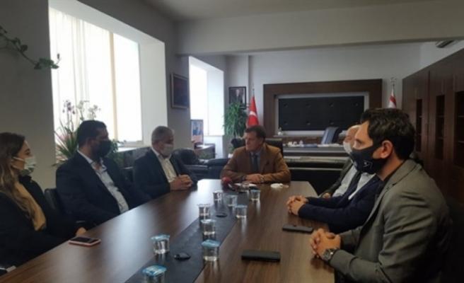 Başbakan yardımcısı Arıklı, İnşaat Müteahhitleri Birliği'yle sektörün sorunlarını konuştu