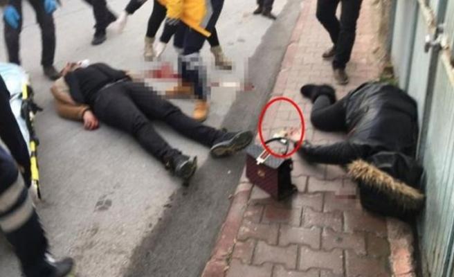 Boşanma aşamasında olduğu eşini sokak ortasında öldürüp kendi başına sıktı