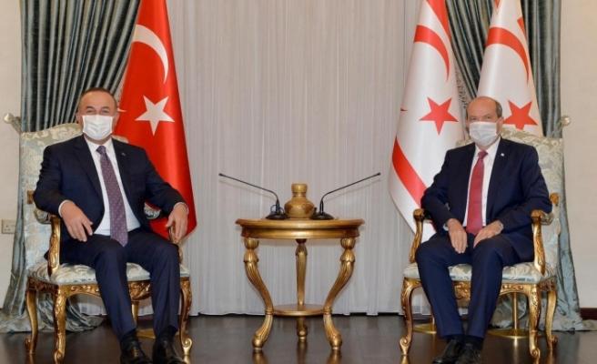 Çavuşoğlu ile Tatar telefonda görüştü