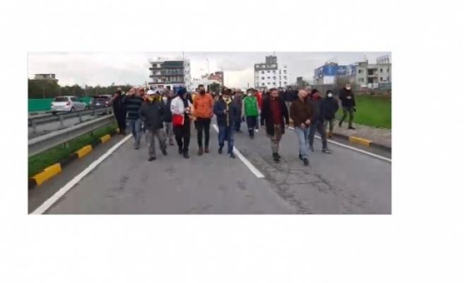 Güney Kıbrıs'ta  çalışan işçiler yine eylemde