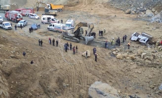 İstanbul Arnavutköy'de taş ocağında göçük: 2 işçi hayatını kaybetti