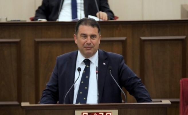 UBP - DP - YDP Hükümeti 24 oyla güvenoyu aldı