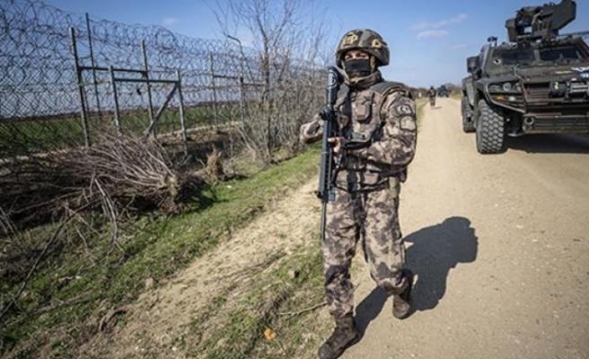 Yunanistan'ta kaçmak isteyen 4 FETÖ'cü kaçamadı