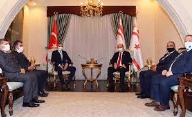 Cumhurbaşkanı Ersin Tatar, Hentbol Federasyonu heyetini kabul etti