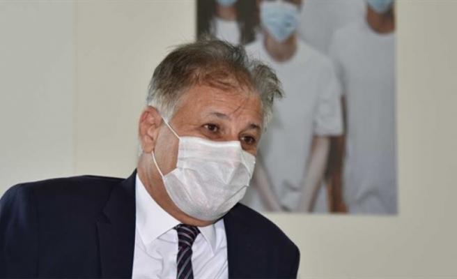"""Bakan Pilli: """"Toplam 4222 test yapıldı, 25'i yerel 40 pozitif vakaya rastlandı, 43 kişi taburcu edildi"""""""