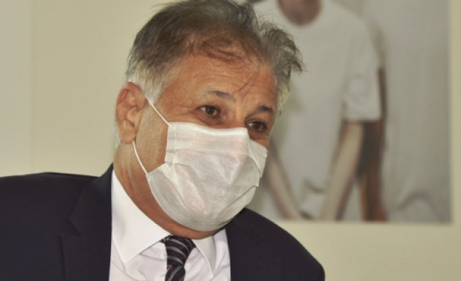 """"""" Sağlık Bakanı Dr. Ali Pilli, Covid-19 nedeniyle hayatını kaybeden Kıbrıs'lı Türk Doktor Halil Onalt ile ilgili başsağlığı mesajı yayınladı"""""""